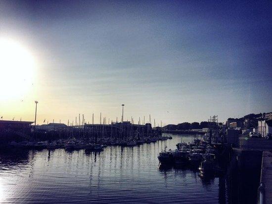 ibis budget Boulogne Sur Mer Centre les Ports : Sunset by the docks