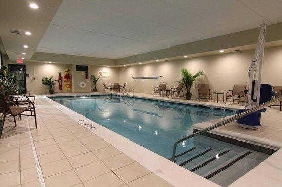 Hampton Inn Huntington University Area Luxurious Indoor Swimming Pool