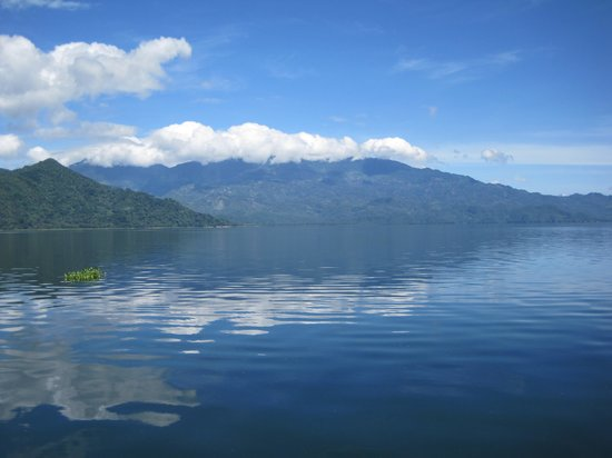 Honduyate: View from our boat ride