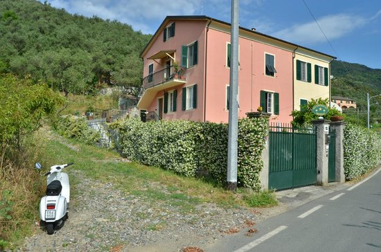 B&B Fattore: Peaceful, private, recommended if you like to walk and have more days for exploring Cinque Terre