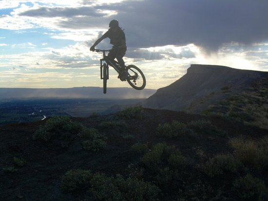 Ride the Rim, Palisade Rim Trail