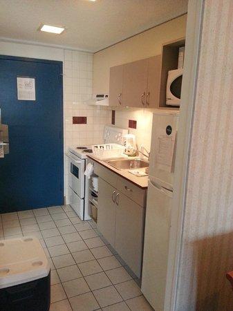 L'Appartement Hotel: Kichenette