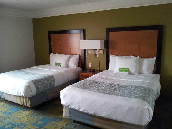 La Quinta Inn & Suites Orlando Convention Center: Letti