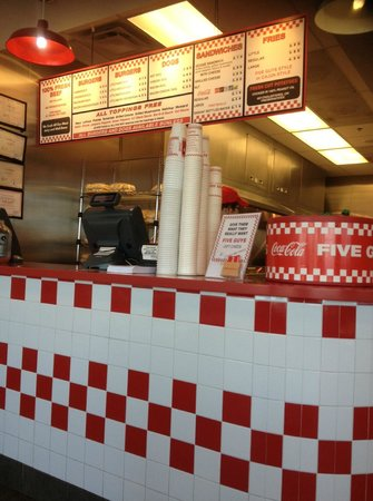 Five Guys : getting set to order