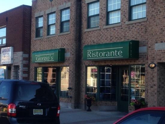"Giorgio's Ristorante : The Official ""Giorgio's Riatorante"""