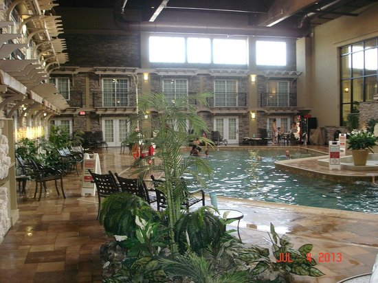 Eden Resort & Suites, BW Premier Collection: Indoor pool