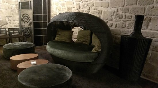 Hotel Los Agustinos: Comfy Basket Chairs to lounge in