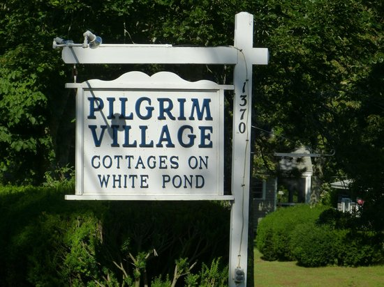 Pilgrim Village Cottages: The Road Sign