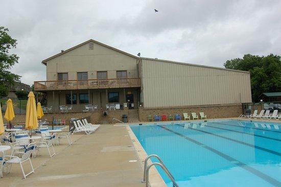 Harpers Ferry KOA: The pool and game room at the KOA