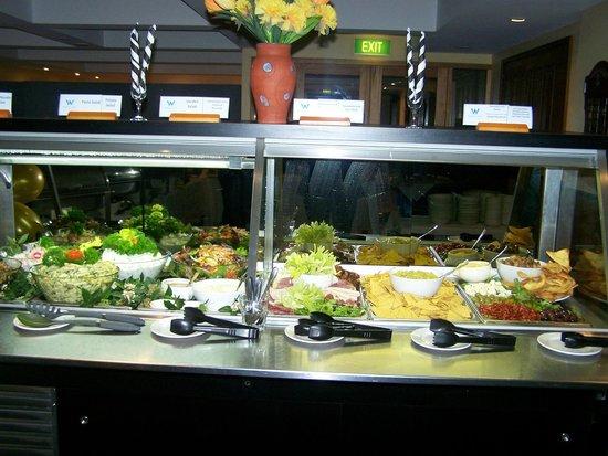 Wirrina Hotel & Golf Resort: Cold Servery