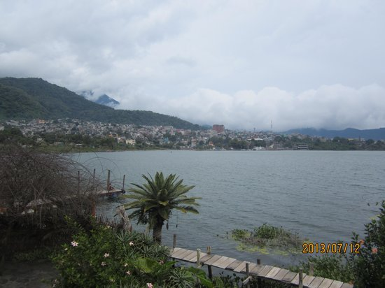 Hotel and Restaurant Bambu: Great lakeside property in quieter area