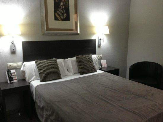 Mercure Madrid Centro: Room