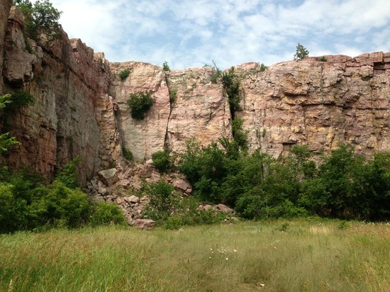 Quarry Picture Of Blue Mounds State Park Luverne
