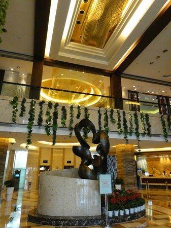BEST WESTERN World Trade Hotel Jinhua: フロントも綺麗です