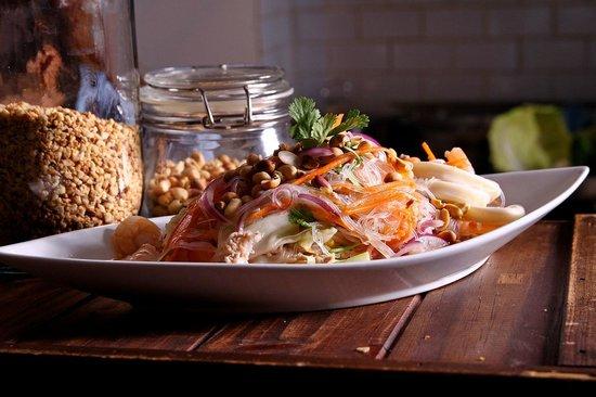 Pamika Brasserie Thai : Salade de nouilles tièdes
