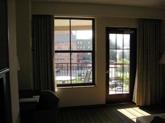 Hampton Inn & Suites Saratoga Springs Downtown: balcony
