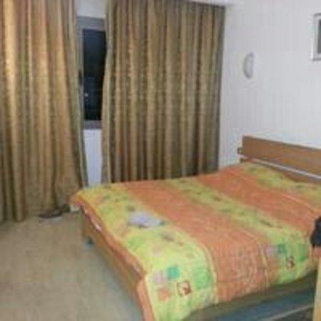 Hotel naher el founoun: chambre