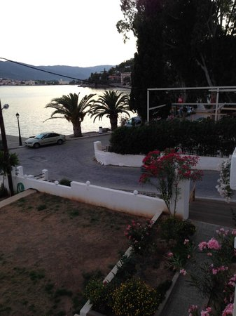 Aegean Villas: around the corner there is a mini market to buy snacks and soda