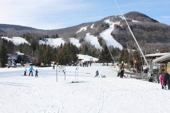 Hunter Mountain: mucha nieve en la base poca en las pistas