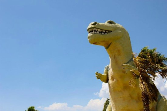 Cabazon Dinosaurs: Giant T-Rex