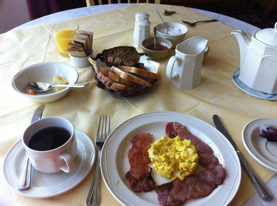 Kilbawn Country House : Yummy breakfast