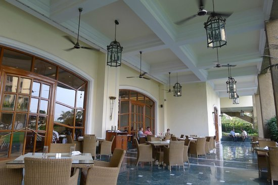 Eros Hotel : Main restaurant - outside section