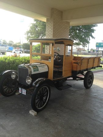 Quality Inn: Model T Truck Out Front