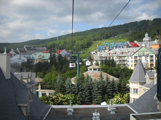 Embarc Tremblant: Intrawest village , Mt tremblant