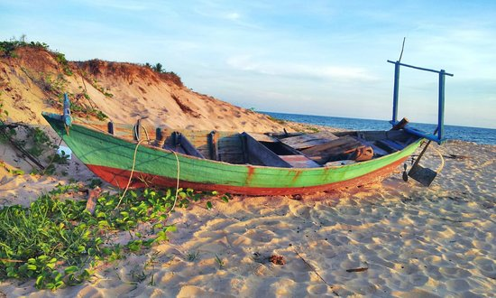 Long Beach Resort Phu Quoc: beach