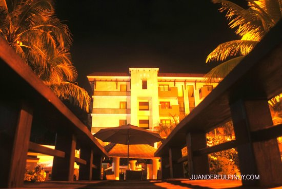 Widus Hotel and Casino: widus clark