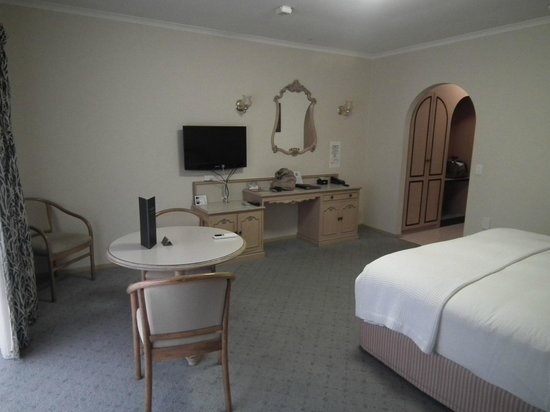 Comfort Inn Country Plaza Halls Gap: King Spa Room
