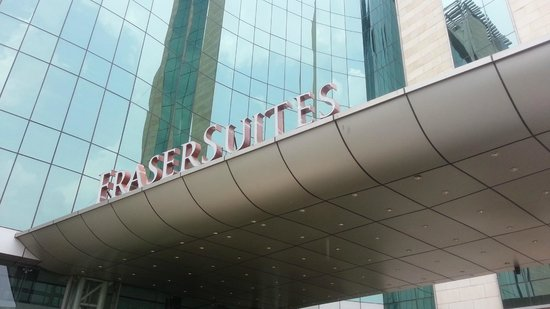 Fraser Suites New Delhi: fuera