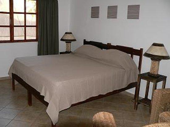 Blue Moon Beach Holiday Resort: bedroom
