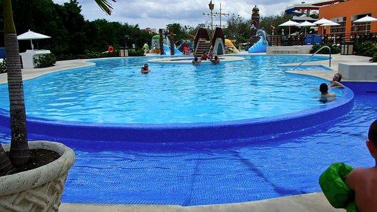 Playa Mia Grand Beach And Water Park