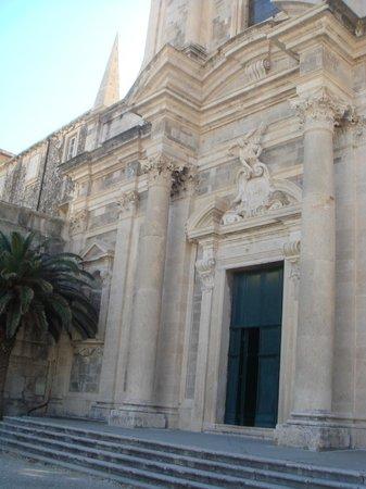 Church of St. Ignatius of Loyola : Church entrance