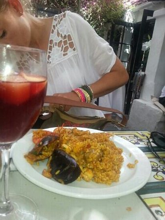 La Brasa: Great paella