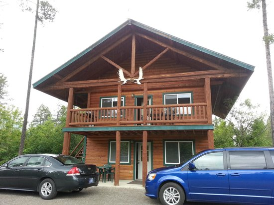 Glacier Outdoor Center: Cabin #2