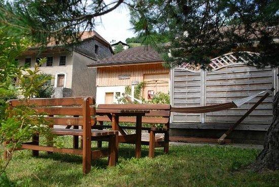 Bois de Reves : Outside view