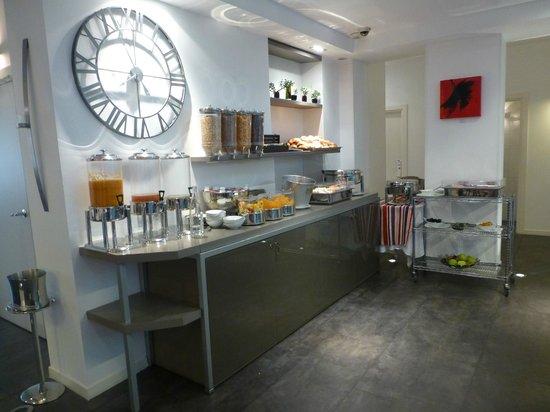 Le Marceau Bastille Hotel: Zona desayuno buffet
