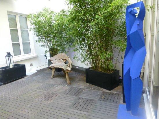 Le Marceau Bastille Hotel: Pequeña terraza