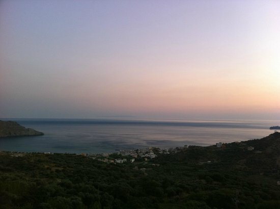 Stefanos Village Hotel: Evening view from Stefanos Village