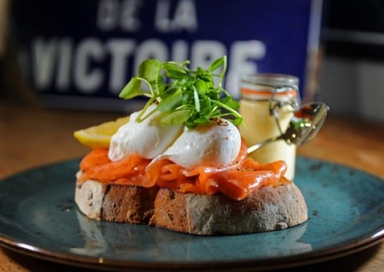 Mannion And Co: A little eggs royale