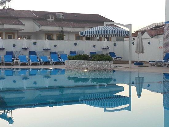 Monta Verde Hotel & Villas: POOL