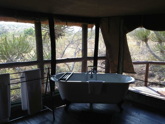 Camp Shonga: Bathtub