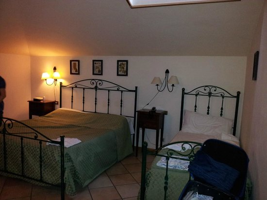 Hotel Lauri: Tripla in mansarda