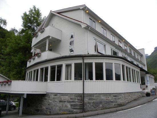 Hotell Utsikten: Vista frontale