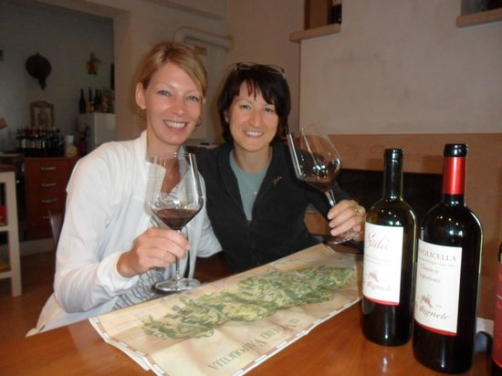 Pagus Wine Tours : With Silvia, whose family owns and runs Le Bignele