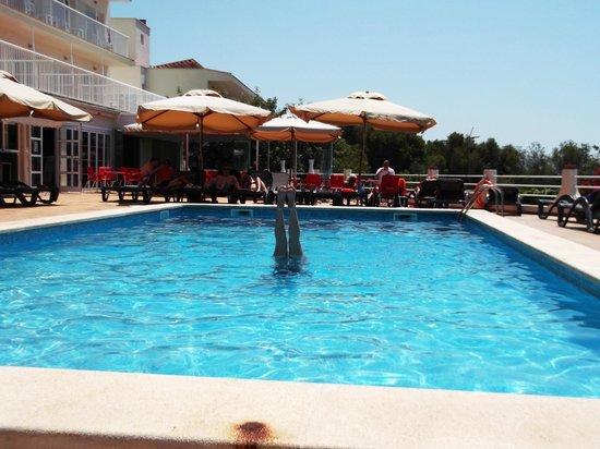 Hotel RD Costa Portals : hotel pool