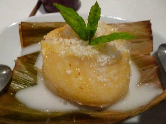 D-Dee Thai Restaurant: Thai Palm Cake