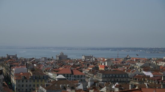 Lisbon Rooftops Guest House: One side of the view from the private terrace